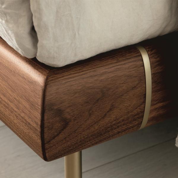 Killian bed designed by Marconato Zappa for Porada