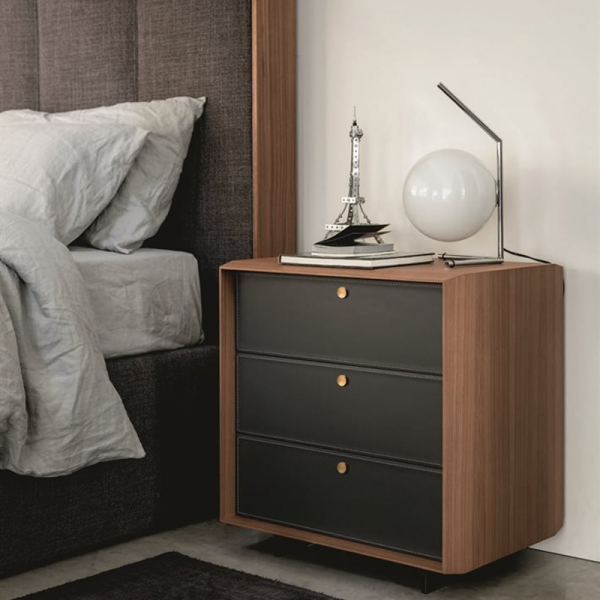 Sonja nightstand designed by Gino Carollo for Porada